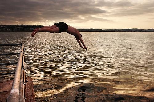 Diving_in